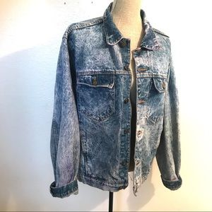 Vintage acid washed Denim Jean jacket